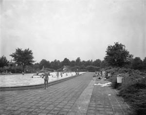 1988_Zwembad_de-kromme-rijn
